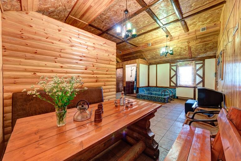 Маленький зал